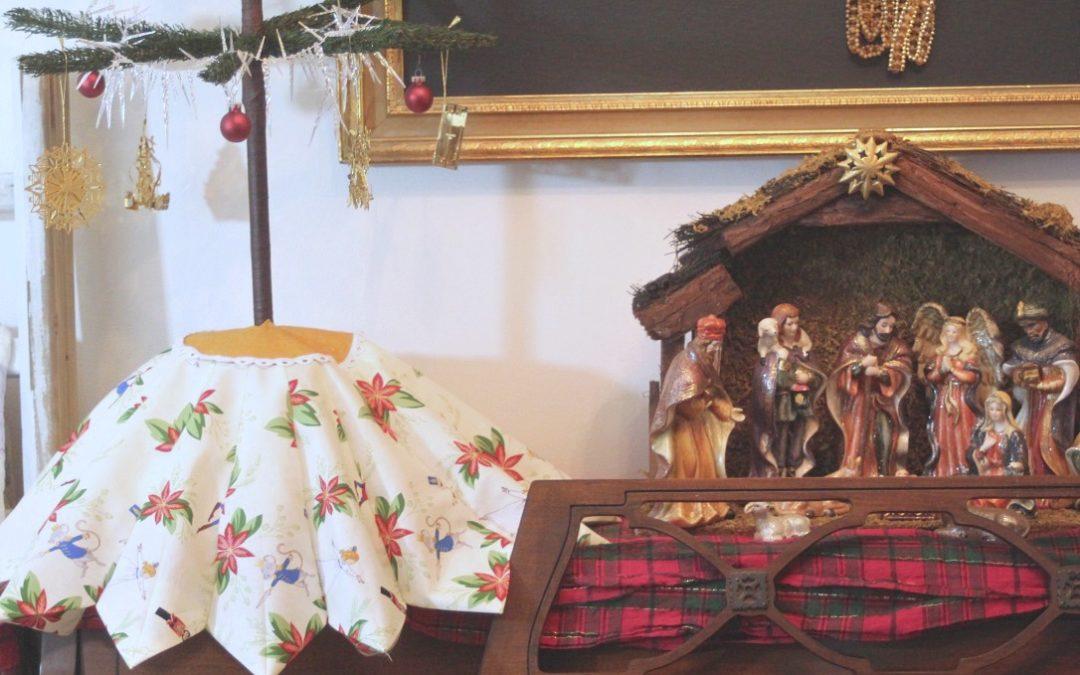 Dresden Plate Mini Christmas Tree Skirt with Cricut Maker and Michael Miller's Sarah Jane Studios Nutcracker Fabric